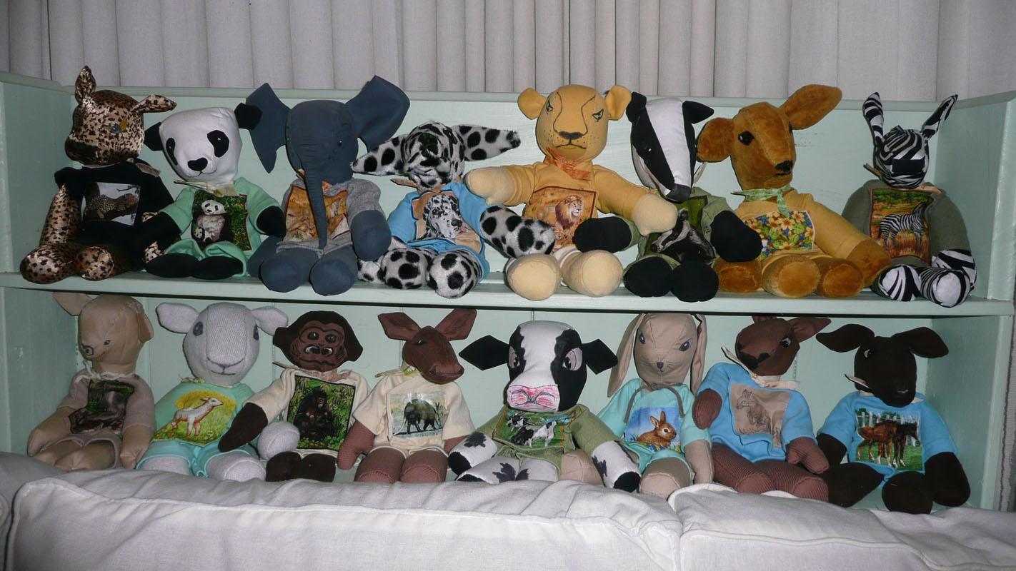 animals-on-shelf