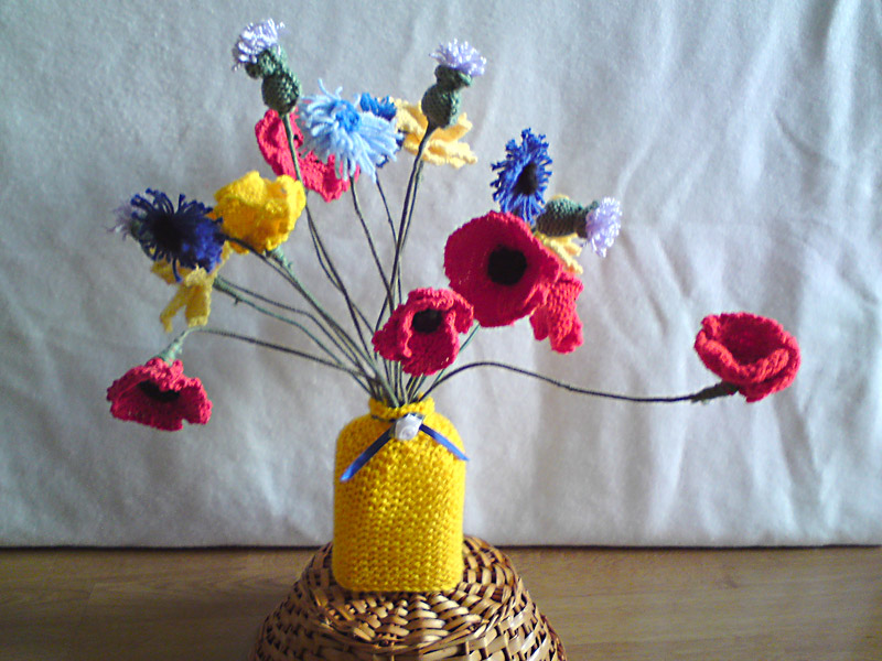 Knitted Flowers Crafty Old Crow