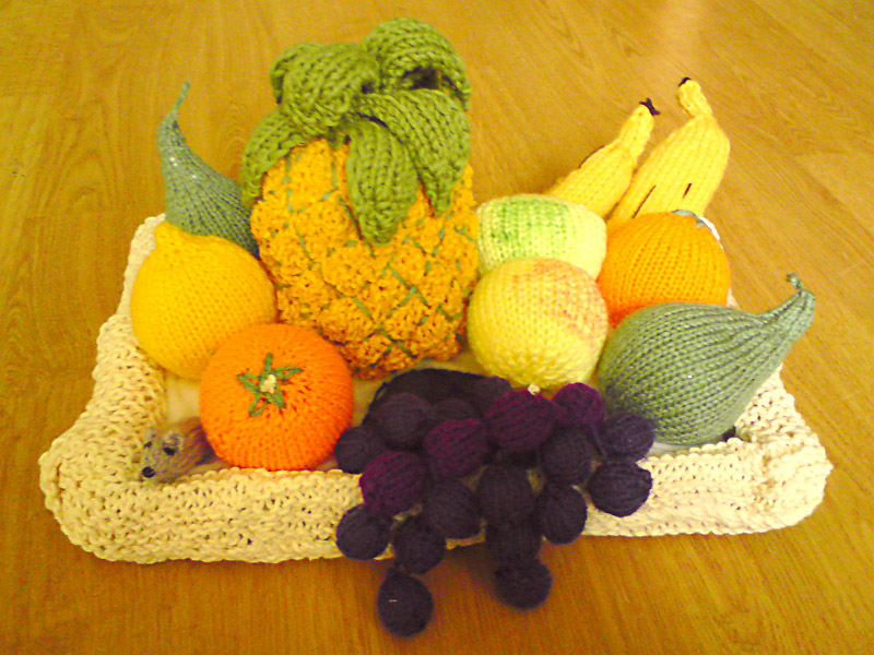 Knitted Fruit - Crafty Old Crow