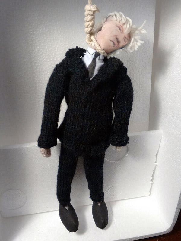 pseudoo-doll